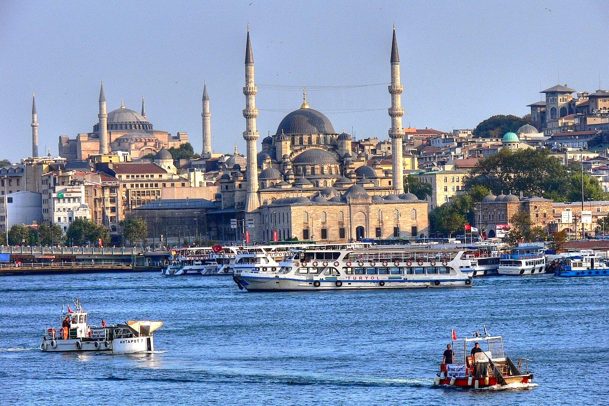 Blue_mosque-Istanbul.jpg